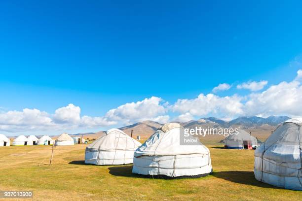 group of yurts at lake song kol - kyrgyzstan stock pictures, royalty-free photos & images