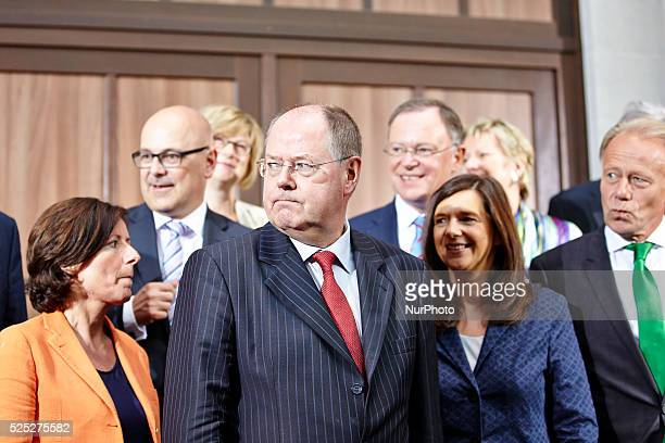 Group photo of the SPD and Green Country Conference in Berlin with Peer Steinbrueck Katrin G����ringEckardt Trittin Hannelore Kraft and Winfried...
