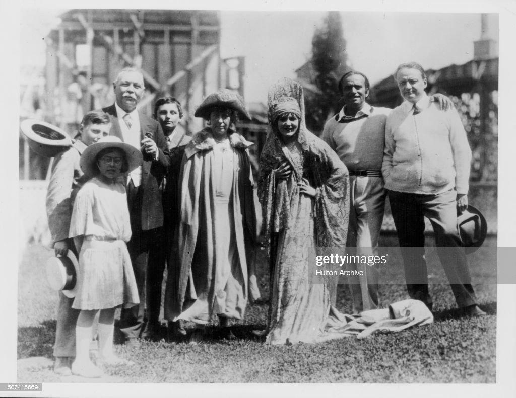 Sir Arthur Conan Doyle And Douglas Fairbanks : News Photo