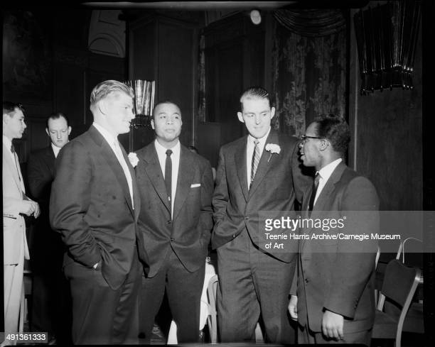 Group portrait of baseball players from left Bob Turley of New York Yankees Larry Doby of Cleveland Indians and Frank Thomas and Curt Roberts of...