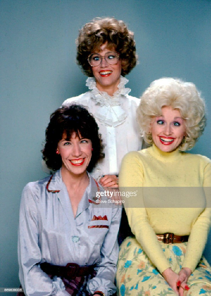 Group portrait of, from left, American actresses Lily Tomlin (as 'Violet'), actress Jane Fonda (as 'Judy'), and Dolly Parton (as 'Doralee'), as they all pose, humorously cross-eyed, on the set of the film '9 to 5' (directed by Colin Higgins), California, 1980.