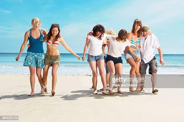 Group racing on beach