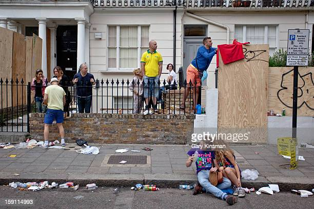 CONTENT] A groups of people at the Notting Hill Carnival in 2011