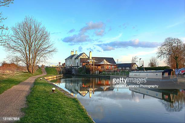 grove lock - bedfordshire stock photos and pictures