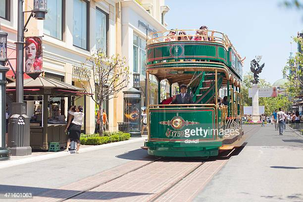 grove trolley car - the grove los angeles stock pictures, royalty-free photos & images