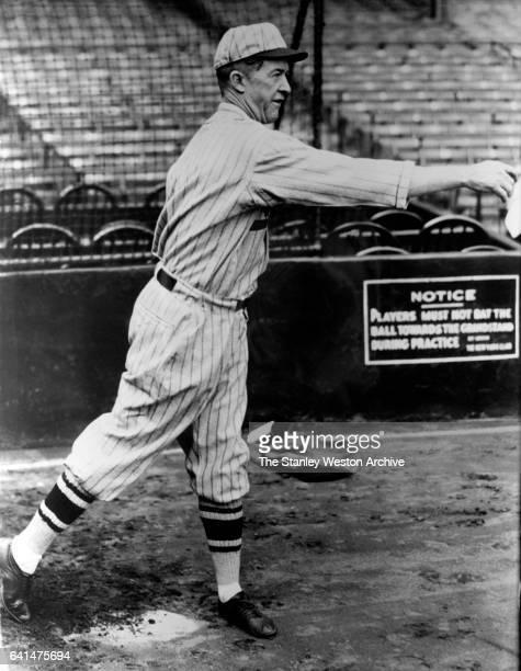 Grover C Alexander of the St Louis Cardinals throwing the baseball circa 1929