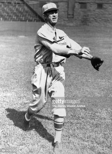 Grover C Alexander of the St Louis Cardinals throwing the baseball circa 1929