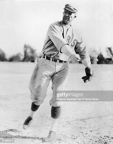 Grover Cleveland Alexander poses for an action portrait Alexander played for the Philadelphia Phillies in 191117 the Chicago Cubs in 191826 and the...