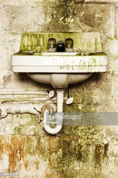 Grunge Sink