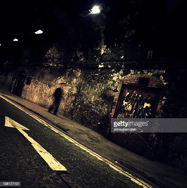 Grunge Tunnel Arrow