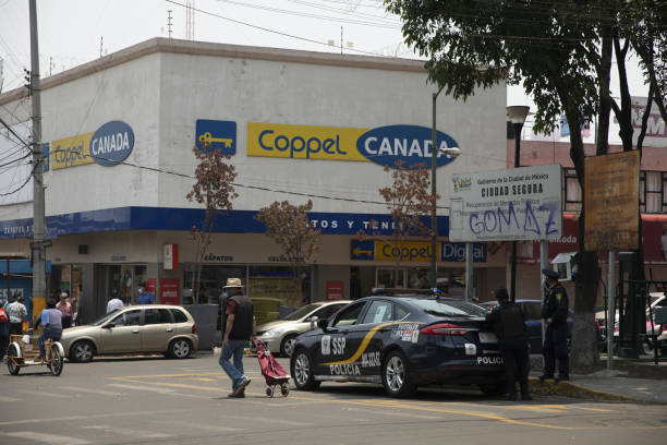 MEX: Mexican Retailers Shamed Publicly by AMLO Remain Open Amid Virus
