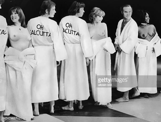 Gruppenbild aus `Oh Calcutta`Aufführung am Theater des Westens