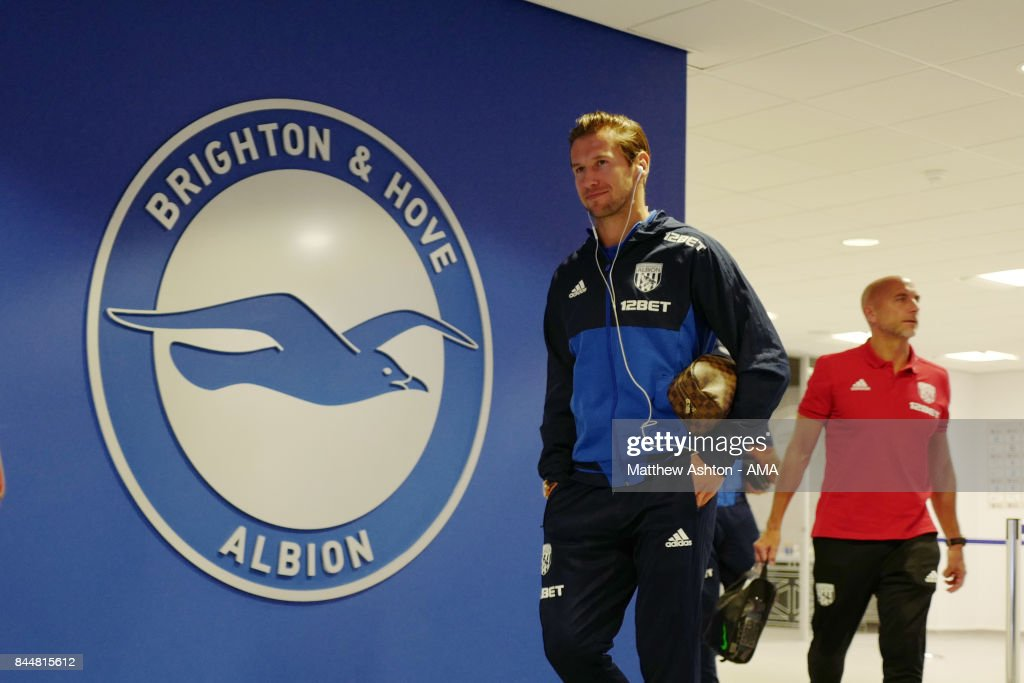 Brighton and Hove Albion v West Bromwich Albion - Premier League : ニュース写真