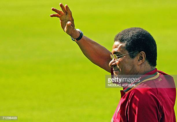 Mozambiquan born former Portuguese international soccer player Eusebio waves to the crowd during Portugal's team training session at the Heidewald...
