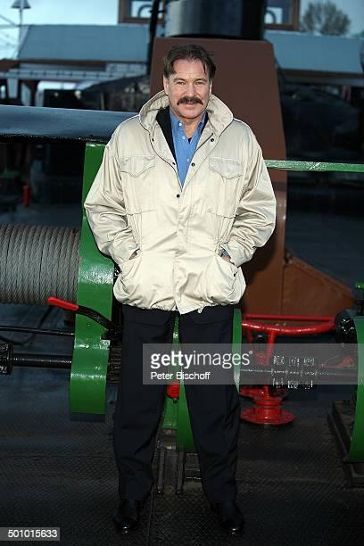 Götz George 25 Jahre Horst Schimanski Duisburg NordrheinWestfalen Deutschland Europa Jubiläum Krimi Serie Reihe Bart Schnurrbart Schauspieler FTP...