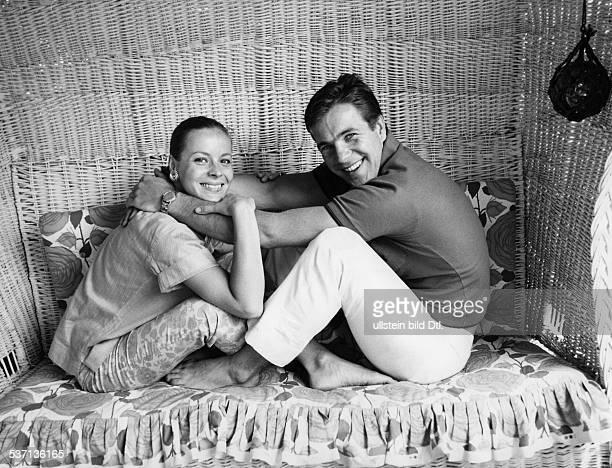 Götz George, -, Schauspieler, D, mit seiner Ehefrau Loni von Friedl, - 1968