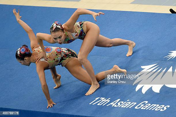 Gu Seul and Kim Kayoung of Korea Republic competes in the Synchronised Swimming Duet Free Routine Final during day one of the 2014 Asian Games at...
