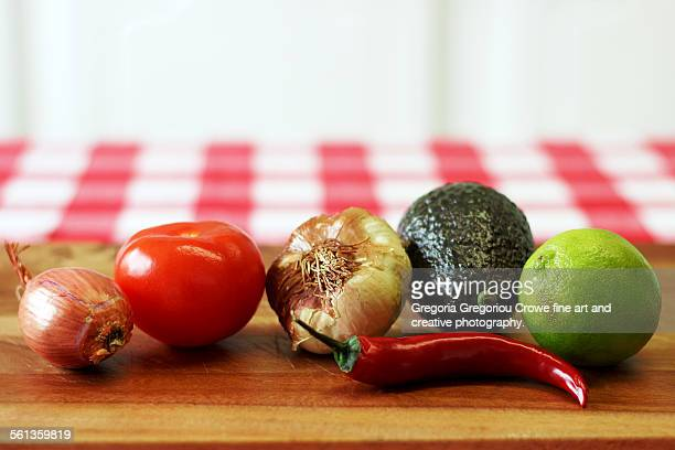 guacamole ingredients - gregoria gregoriou crowe fine art and creative photography stock-fotos und bilder