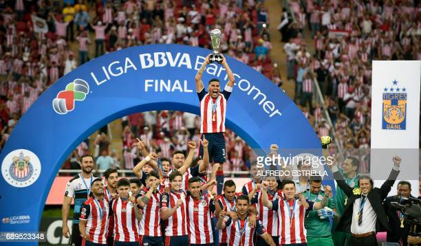 Guadalajara players celebrate their victory against Tigres during the final match of the Mexican Clausura 2017 football tournament at the Chivas...