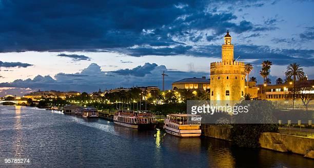 guadalquivir river, seville. spain  - sevilla fotografías e imágenes de stock