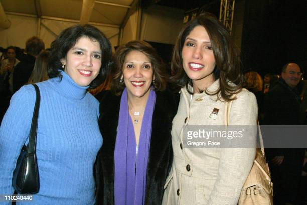 Guadalupe Lopez Jennifer Lopez's mother with her daughter's Leslie and Lynda Lopez