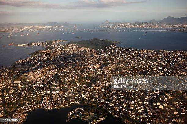 Guanabara bay pollution Governor Island the largest island in Guanabara Bay densely populated it has a population of about 500000 inhabitants in a...
