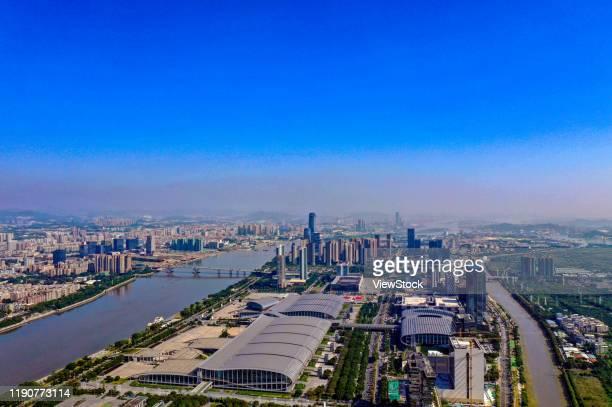guangdong guangzhou pazhou international exhibition center building scenery - guangzhou stock-fotos und bilder