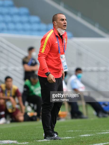 Guangzhou Evergrande manager Fabio Cannavaro shouts orders during the AFC Champions League Group G match between Vissel Kobe andGuangzhou Evergrande...