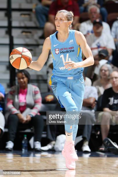 Guard Allie Quigley of the Chicago Sky handles the ball during the game against the Connecticut Sun on August 12 2018 at the Mohegan Sun Arena in...