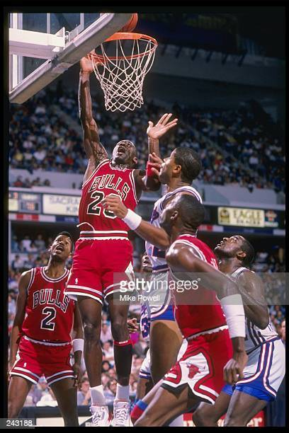 Guard Michael Jordan of the Chicago Bulls goes up for two Mandatory Credit Mike Powell /Allsport