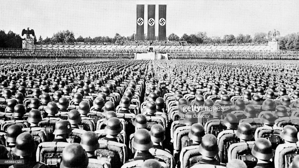 SS Guard on Parade at a Nazi Party rally in Nurmberg, late 1930s. : News Photo