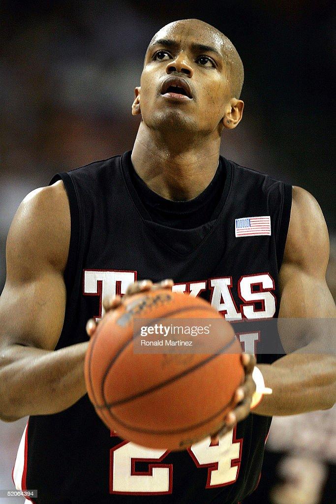 Texas Tech v Texas : News Photo