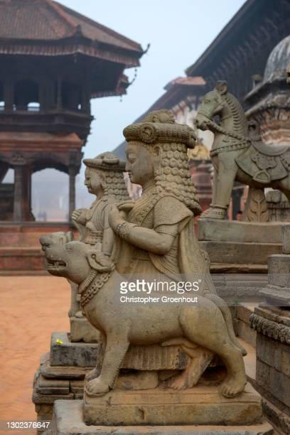 guardian figures by siddhi lakshmi temple - バクタプル ストックフォトと画像
