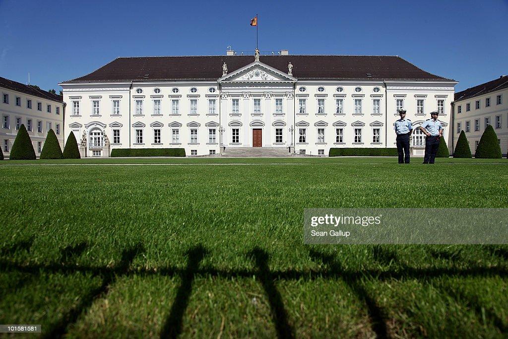 Interim President Boehrnsen Assumes First Duties : News Photo