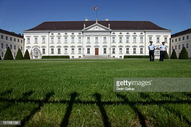 Guards stand in front of Schloss Bellevue which serves as the German presidential palace on June 3 2010 in Berlin Germany German President Horst...