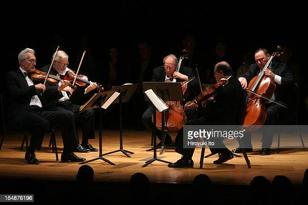 Guarneri String Quartet performing at the Metropolitan Museum on Saturday night May 16 2009This imageThe Guarneli String Quartet plus the cellist...