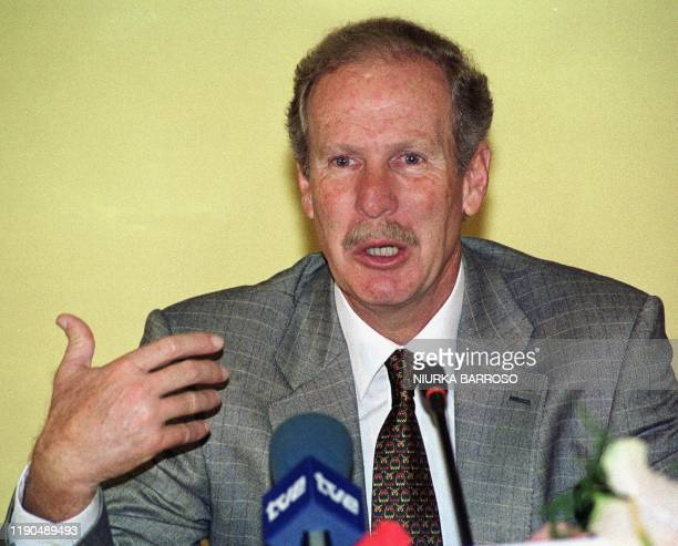 Guatamalan President, Alvaro Arzu, holds a press conference at the end of his three day visit to Havana, Cuba, 06 October 1999. El Presidente de...