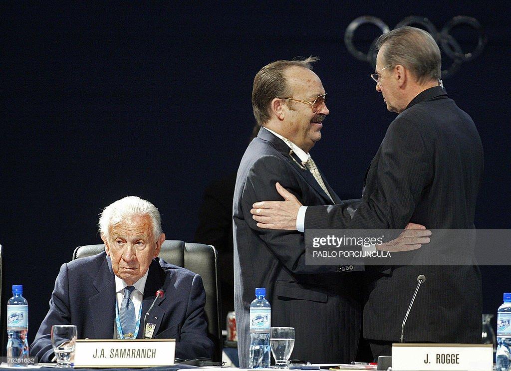 Mexican Mario Vazquez Rana (C), Presiden... : News Photo