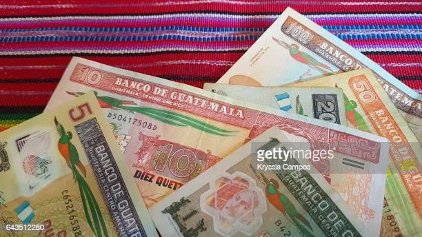 guatemalan currency - guatemala stock-fotos und bilder