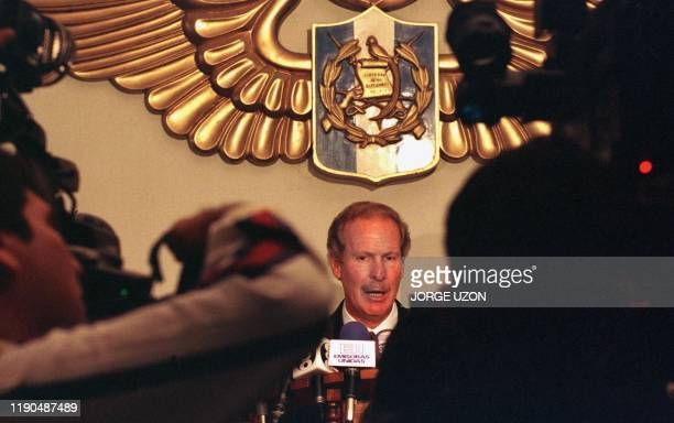 Guatemalan President Alvaro Arzu answers a reporter's question during a press conference 27 January in Guatemala City on his government's decision to...