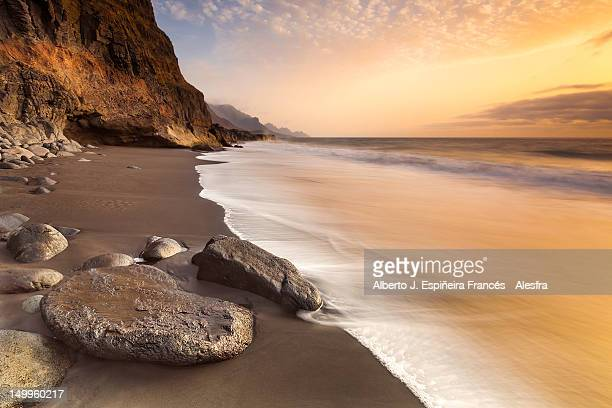 guayedra beach - grand canary stock pictures, royalty-free photos & images