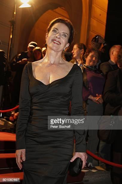 Gudrun Landgrebe 21 Hessischer Film und Kinopreis 2010 Alte Oper Frankfurt Hessen Deutschland Europa Roterteppich Filmpreis Auszeichnung Halbkrper...