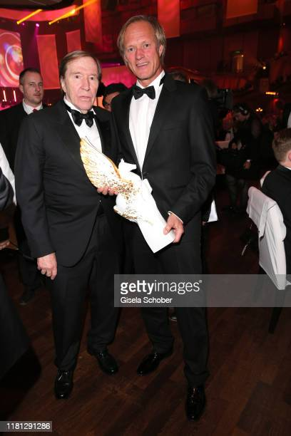 Guenter Netzer Gerhard Delling with Pegasos Award during the German Sports Media Ball at Alte Oper on November 9 2019 in Frankfurt am Main Germany