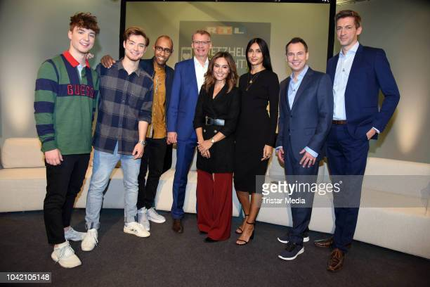 Guenther Jauch Roman Lochmann and Heiko Lochmann of Die Lochis Steffen Hallaschka Sebastian Fitzek Amiaz Habtu and Nazan Eckes attend the 'RTL Commit...