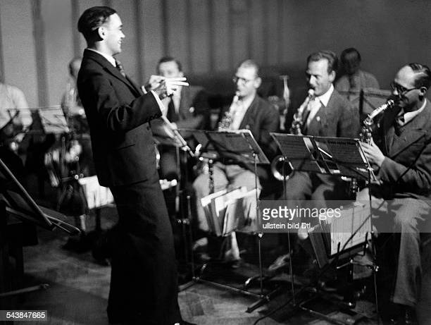 Guenther Walter Musician Conductor Violinist GermanyHead of the dance band of the Reichssender Breslau in concert Photographer Curt Ullmann Published...