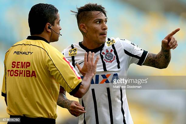 Guerrero of Corinthians argues with a referee while playing Fluminense during their Brasileirao Series A 2015 match at Maracana Stadium on May 24,...