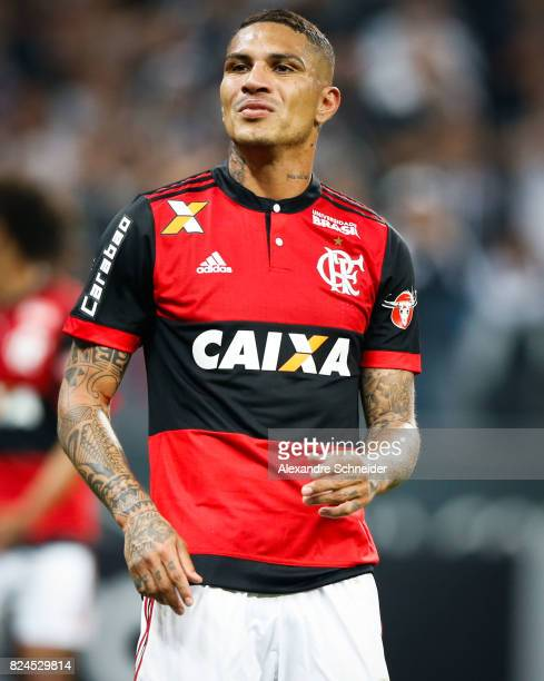 Guerrero of Flamengo in action during the match between Corinthians and Flamengo for the Brasileirao Series A 2017 at Arena Corinthians Stadium on...