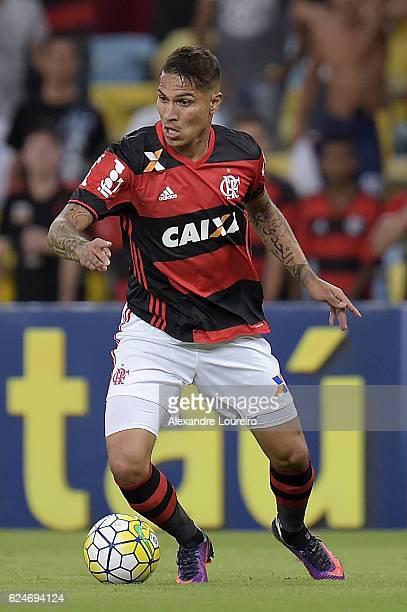 Guerrero of Flamengo runs with the ball during the match between Flamengo and Coritiba as part of Brasileirao Series A 2016 at Maracana stadium on...