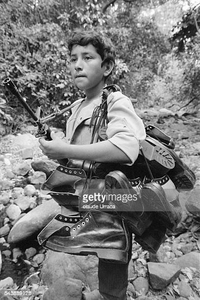 Guerrilla fighters of the PPL during an operation