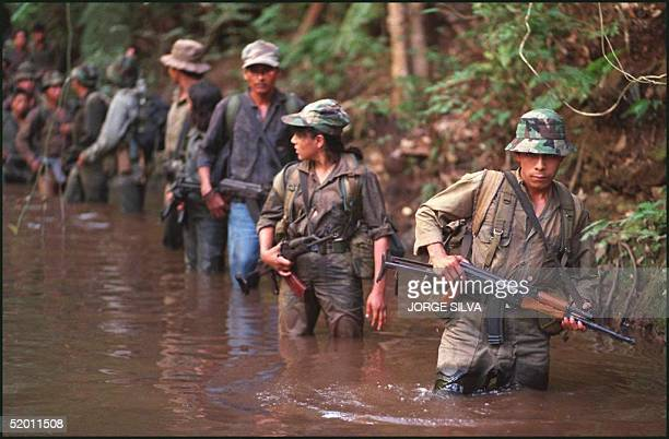 Guerrillas of the Frente Sur Santos Salazar group practice military maneuvers in a camp in Escuintla Guatemala 16 December 1996 The government and...